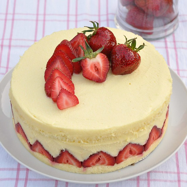 Strawberry Mousseline Cake Recipe