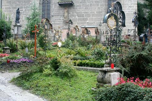 Peterskirche Cemetery 1