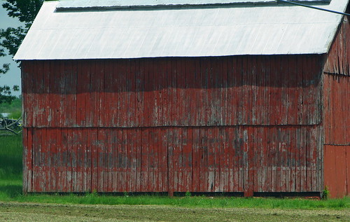 Rock City Barn painted side