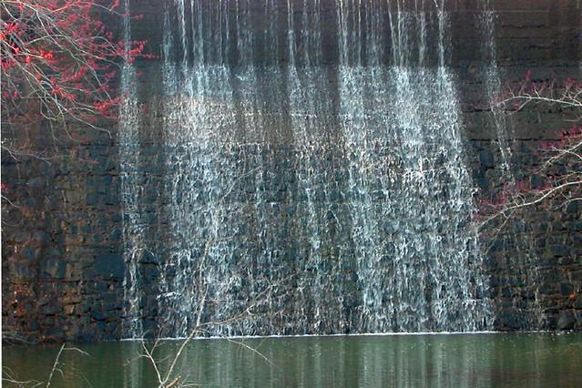 Fall Waterfall, Nikon E2500