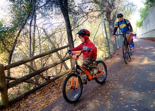 Family bicycling on the Los Gatos Creek Trail