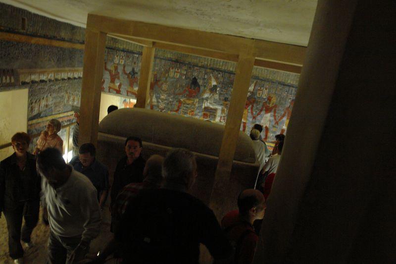 Sarcófago del Valle de los Reyes Templos a la orilla del río Nilo en Egipto - 2473728717 df0fb71846 o - Templos a la orilla del río Nilo en Egipto