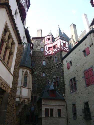 Inner yard of Burg Eltz/ Вътрешният двор на замъкът Елтц