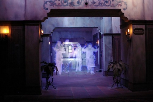 Disney - Tower of Terror Ghosts (Explored)