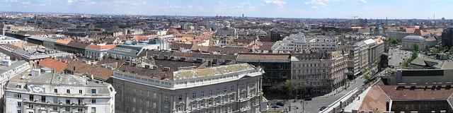 Bazilika - view 05 - panorama from Budapest