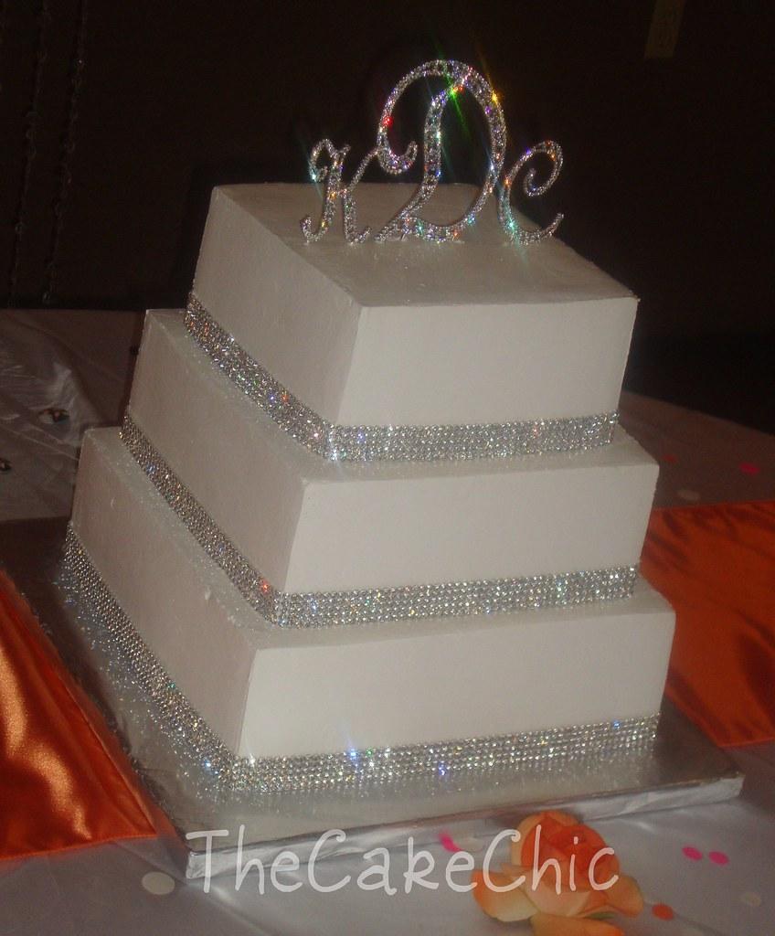 Rhinestone Wedding Cake 007