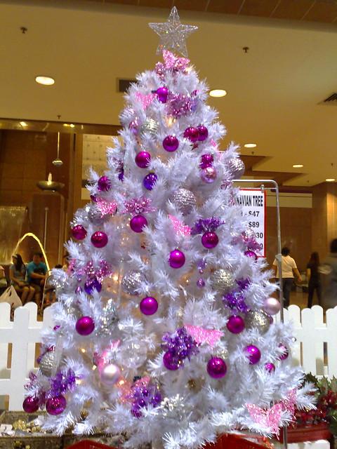 weier weihnachtsbaum - Christbaum Schmucken Beispiele