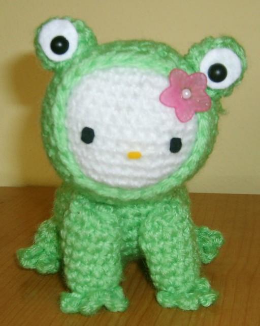 Free Super Mario Amigurumi Patterns : Hello Kitty crochet amigurumi green Frog Explore ...