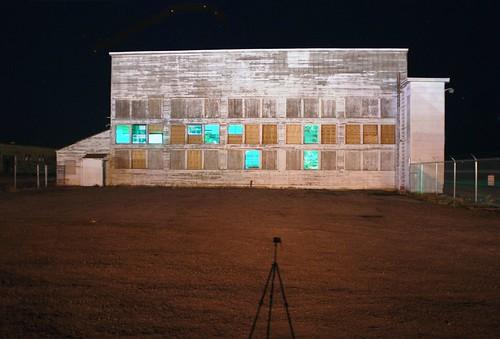 shadow night geotagged utah tripod hangar ww2 airfield wendover joetripod ut2006oct joeself