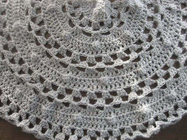 Free Crochet Pattern Half Moon Shawl : Crochet Half Moon Shawl WIP Blogged about here ...