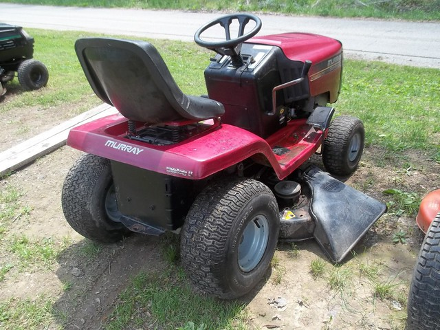 Murray Lawn Tractor Hydrostatic Transmission : Murray widebody lt hp quot hydro riding mower an