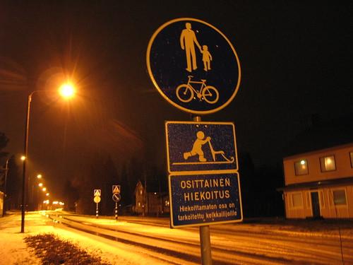 road sign finland traffic kicksled soini potkukelkka