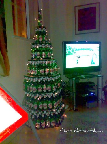 SINGLE MANS CHRISTMAS TREE