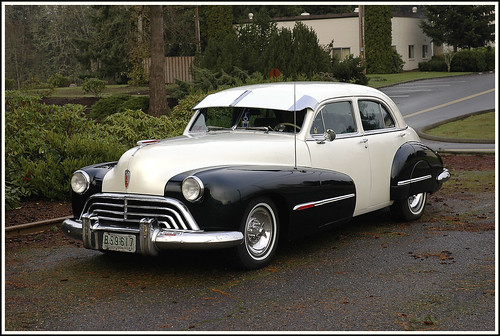 cars cars cars 1947 oldsmobile 4 door sedan