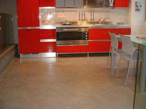 Microcemento alisado para pisos y revestimientos - Cocinas de microcemento ...