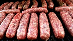 sausage, frankfurter wã¼rstchen, italian sausage, sujuk, red meat, mettwurst, longaniza, food, dish, cuisine, breakfast sausage, kielbasa, cooking, bratwurst,