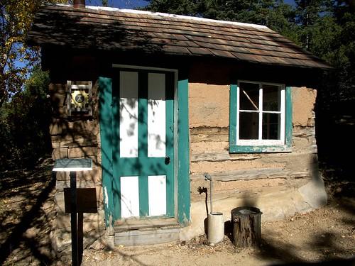 Lady Brett's Cabin - D.H.Lawrence
