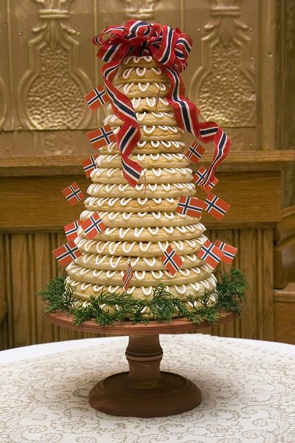 Kransekake Norwegian Wedding Cake Explore Chuckles42 S