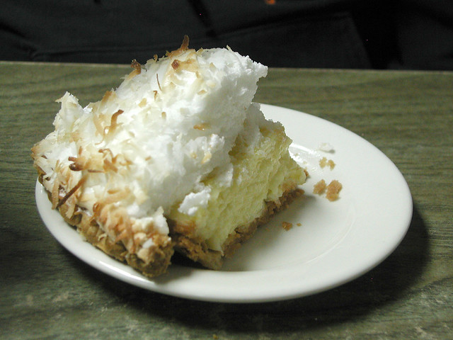 POTTAWATOMIE: Coconut Cream Pie at the Friendly Cooker, Wamego, KS ...