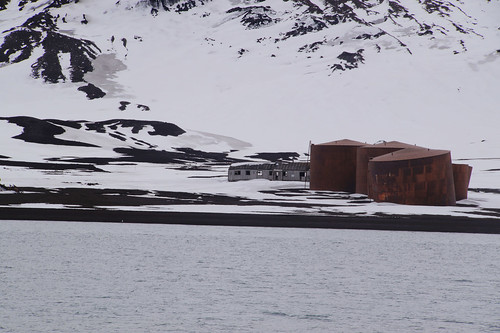 213 Deception Island - Whalers Bay