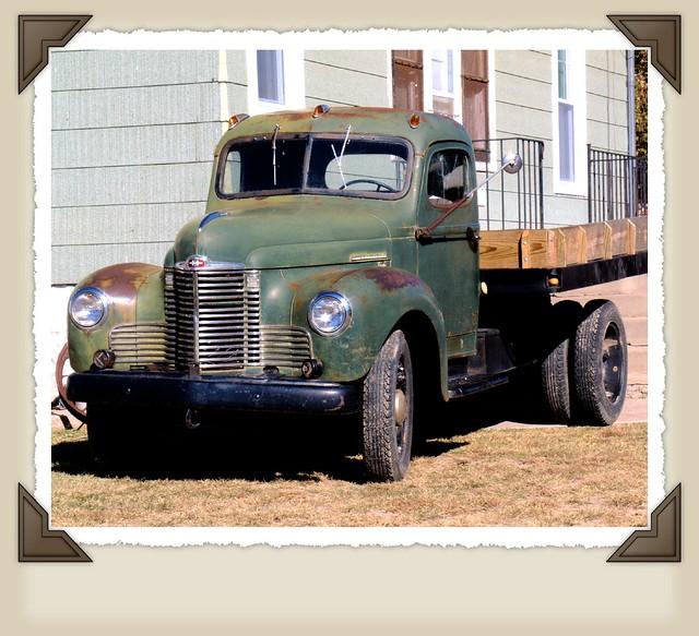 Vintage International Harvester 34
