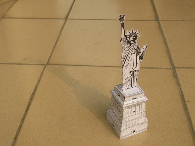 Statue of Liberty Scrapbooking Paper
