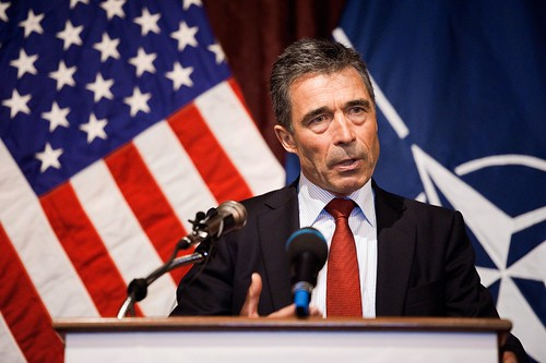 Anders Fogh Rasmussen im Mai 2011 zu Besuch in Austin, Texas. Foto: Texas Military Forces, Staff Sgt. Eric Wilson / flickr.com