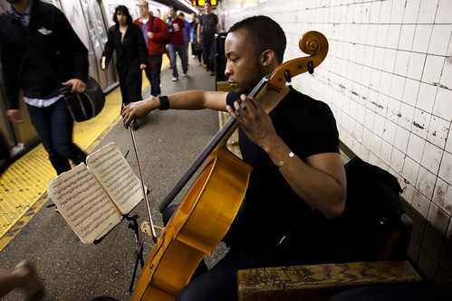 Gabriel Royal, subway cellist