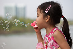 Blowing Bubbles by thuyLa