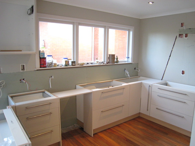 De keukenkastjes zijn geplaatst  Flickr - Photo Sharing!