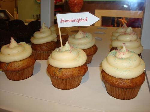 Hummingbird Cupcakes, Trophy Cupcakes