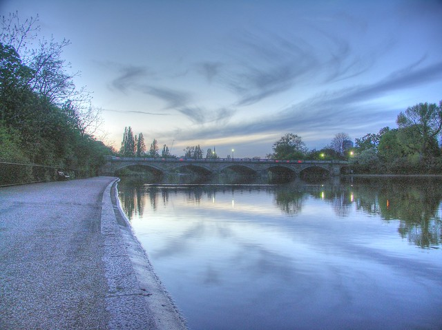 Serpentine at dusk - Hyde Park