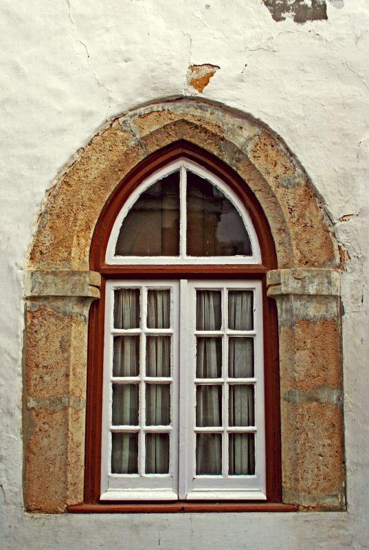 Ogival Window