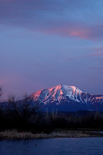 morning pink sky sunrise colorado spanishpeaks huerfanocounty