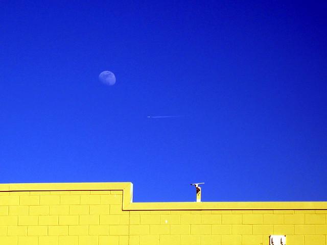 Blue Moon UFO by BayRoadPhoto/Laura