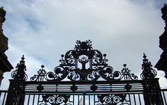 Holyroodhouse Palace gate