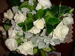 flower arranging, garden roses, cut flowers, flower, floral design, centrepiece, flora, flower bouquet, floristry, petal,