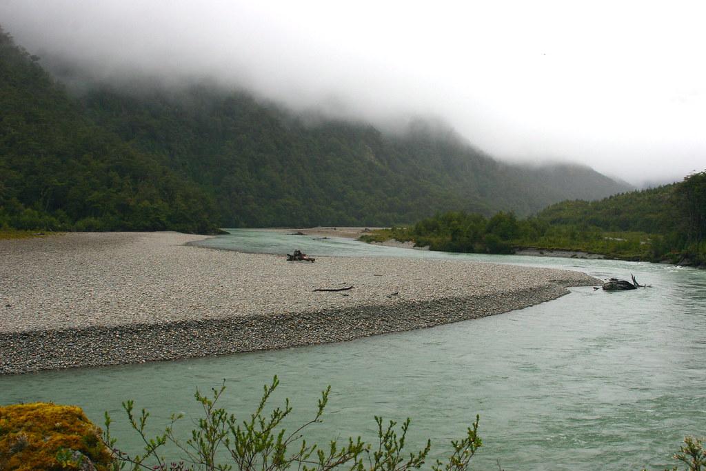 PATAGONIA, CHILE: Río Bravo, Aysén.