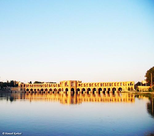 bridge reflection river iran ایران isfahan اصفهان خواجو پل رود khajoo انعکاس zayandehrood رودخانه khaju hamzehkarbasi زایندهرود حمزهکرباسی khadjou 63onflickrexplore