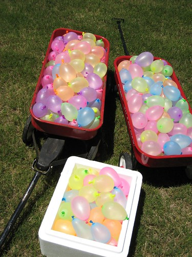 250 water balloons