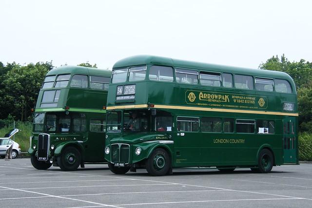 London Country JJD419D & London Bus Company KYY957 ...