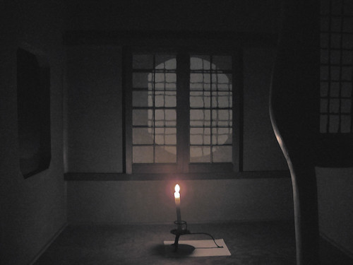 Photo:A candle in the tea room By:aurelio.asiain