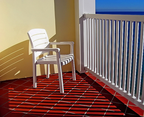 primary_colors_chair