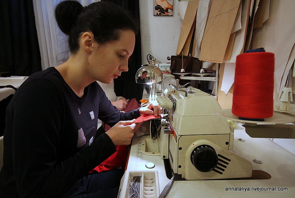 как шить на электрической швейной машинке видео