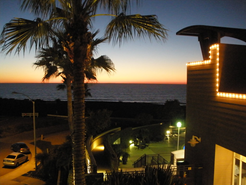 Hotels Near South Carlsbad State Beach