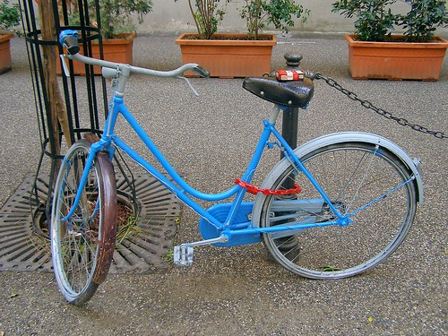 Pisa Cigarette Bicycle