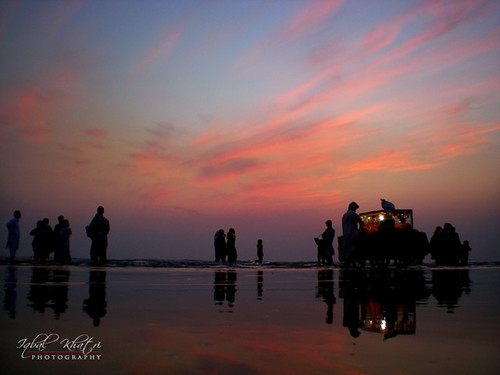 pakistan sea man beach silhouette cycle karachi sindh kn whater explor deepdream canon400d aplusphoto iqbalkhatri seaviewclifton