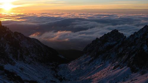 sea sky sun snow mountains clouds sunrise slovakia inversion góry tatry tatra słońce morze chmury niebo wschód słowacja świt inwersja inverzia karoleck