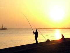 horizon, beach, fishing, sea, casting fishing, surf fishing, shore, morning, fisherman, dusk, dawn, sunset, sunrise,