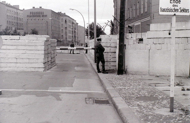 Crossing point at the Wall, Chausseestrasse, Berlin, 27 August 1962